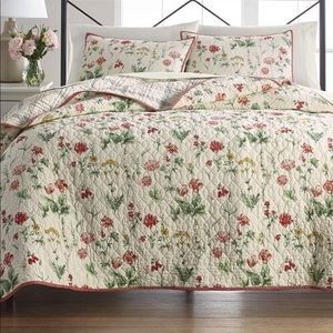 Martha Stewart Collection Floral Reversible Quilt
